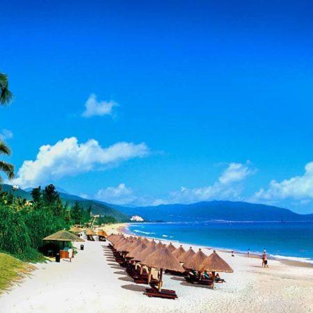 Sanya-Beach-in-Hainan-Visit-Hainan-Island