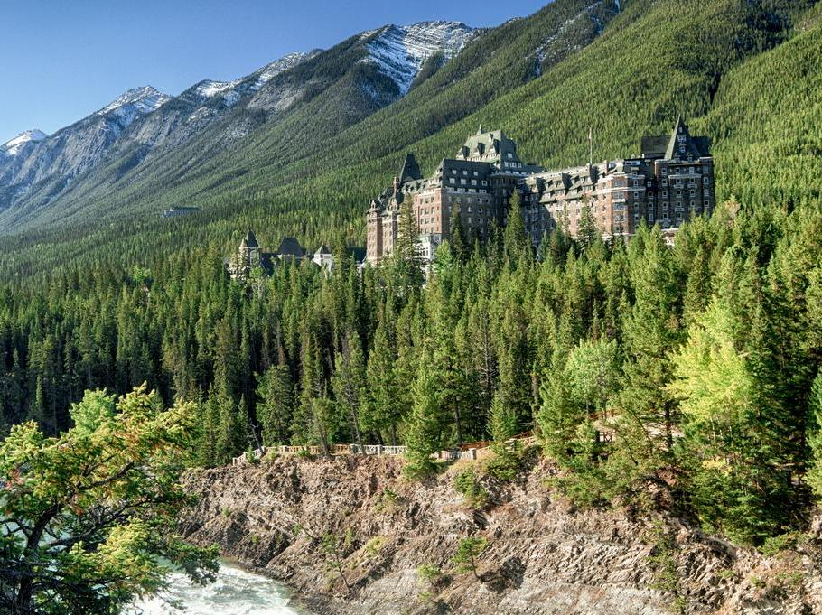 The Fairmont Banff Springs 5*