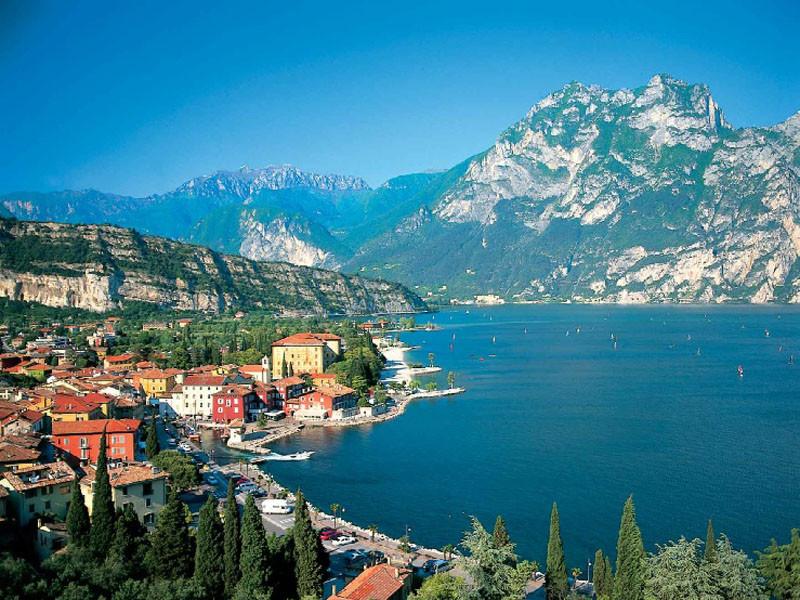Вся Италия от Анконы