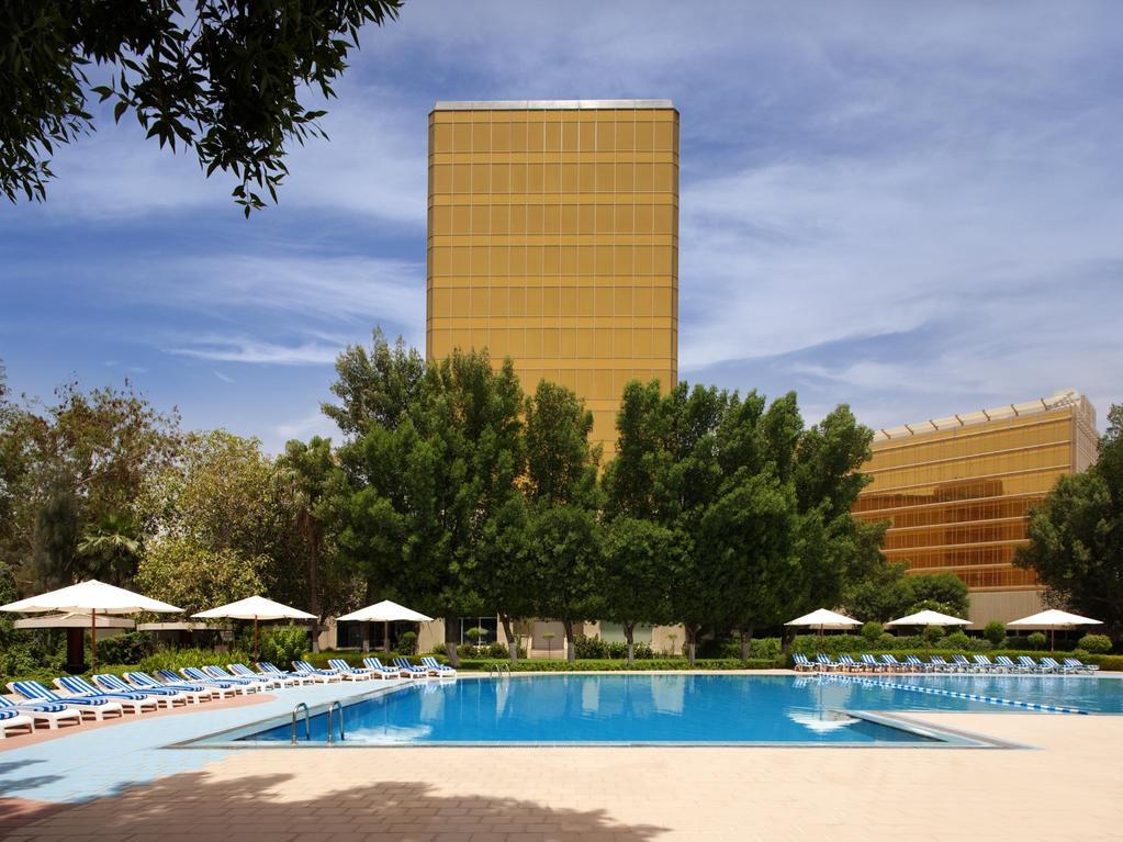 Radisson Blu Hotel Doha 4*, Доха