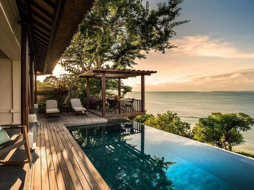 Four Seasons Resort Bali at Jimbaran Bay 5*Deluxe, Джимбаран