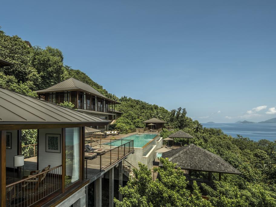 Four Seasons Resort Seychelles 5* Deluxe