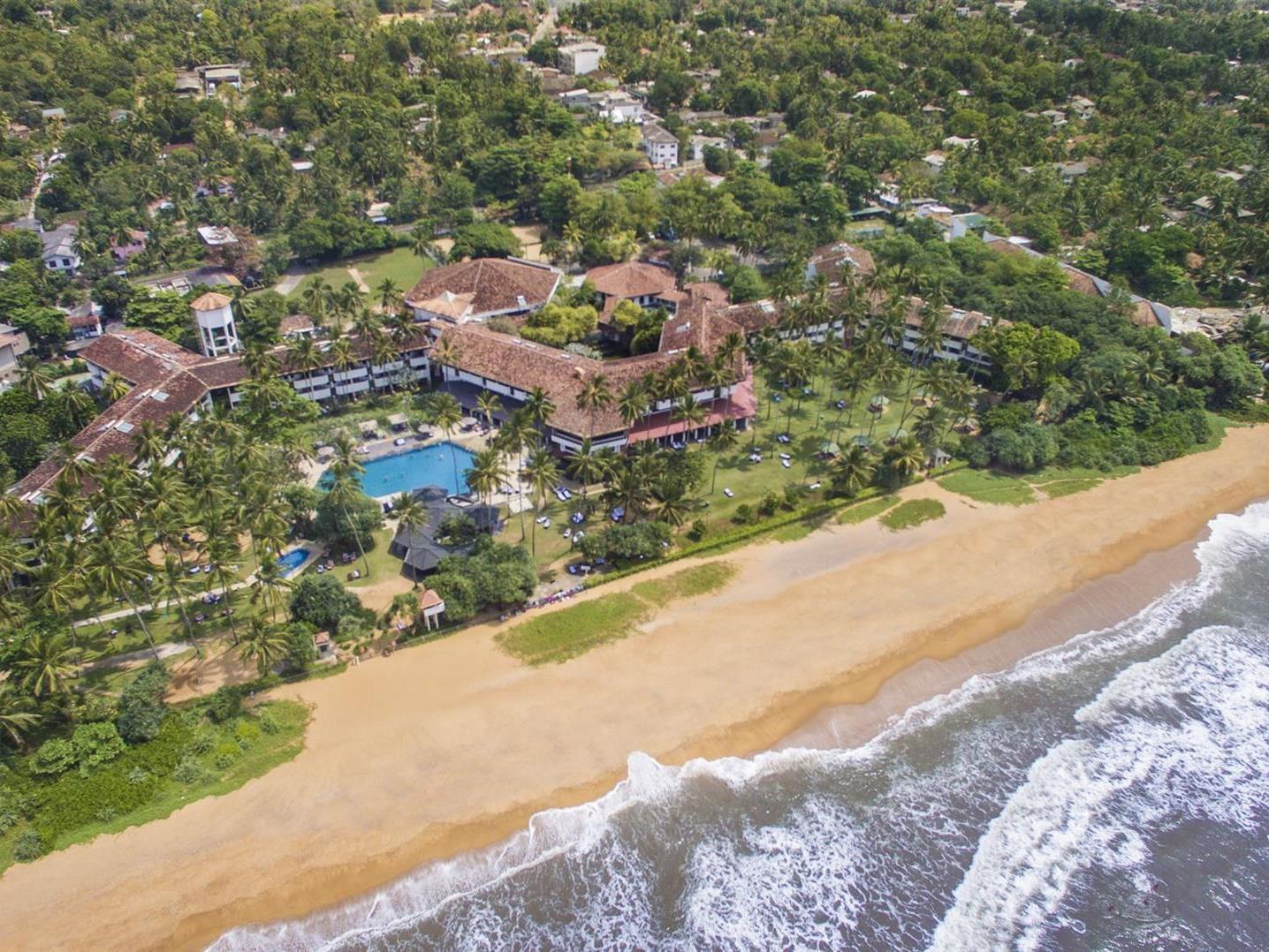 Tangerine Beach Hotel 4*, Калутара