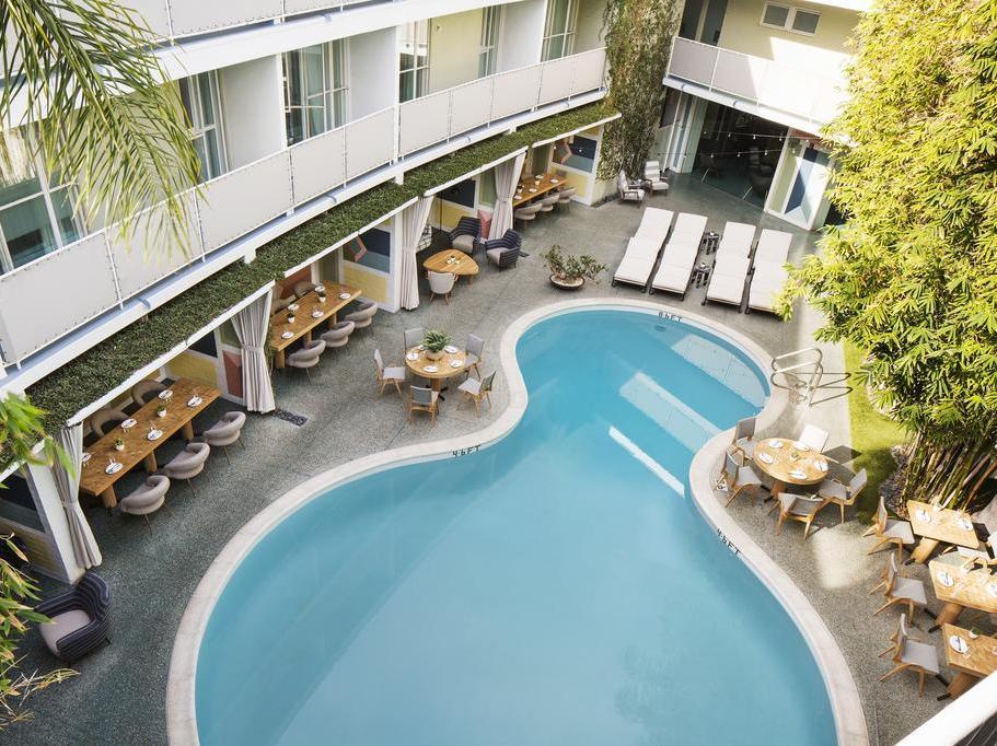Avalon Beverly Hills 4*, Лос-Анджелес