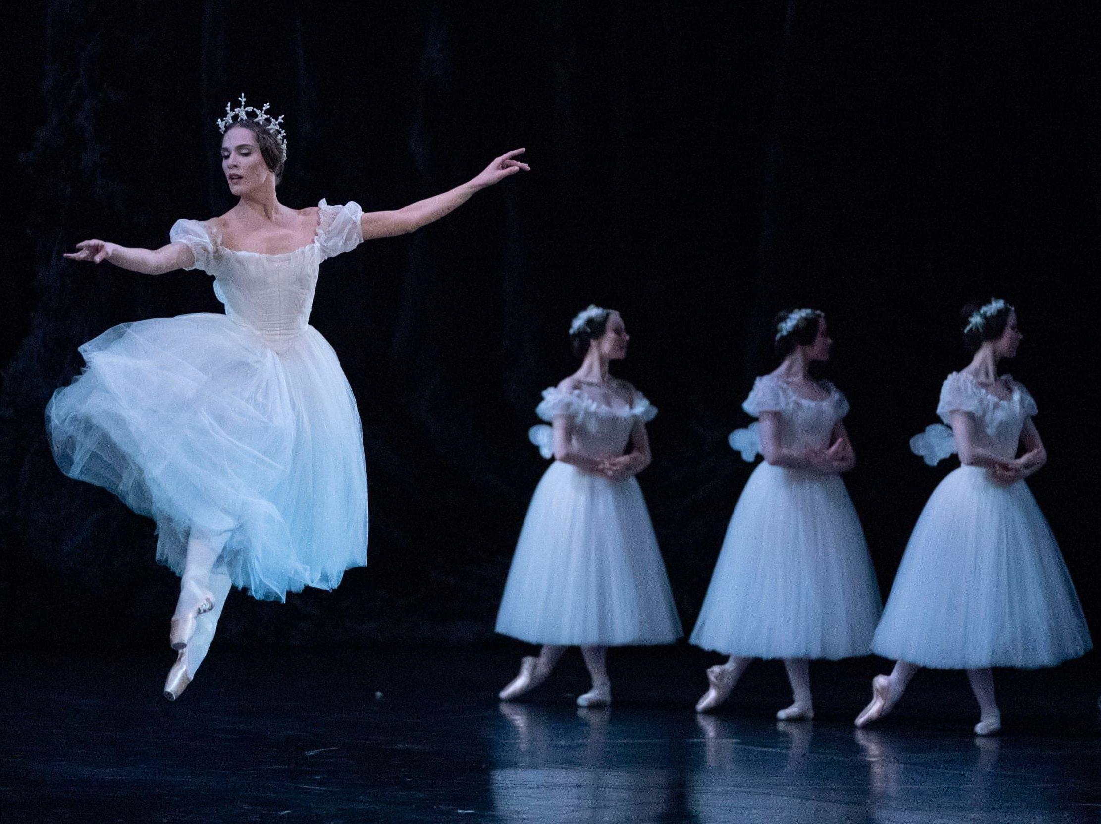 Парижские опера и филармония показывают постановки онлайн